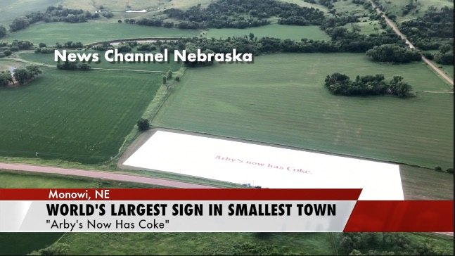 World S Largest Sign Is In Usa S Smallest Town Sandhills Express
