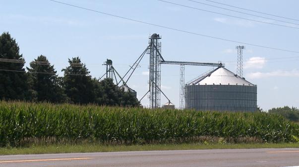 Northeast Nebraska Man Dies After Accident in Farm Grain Bin
