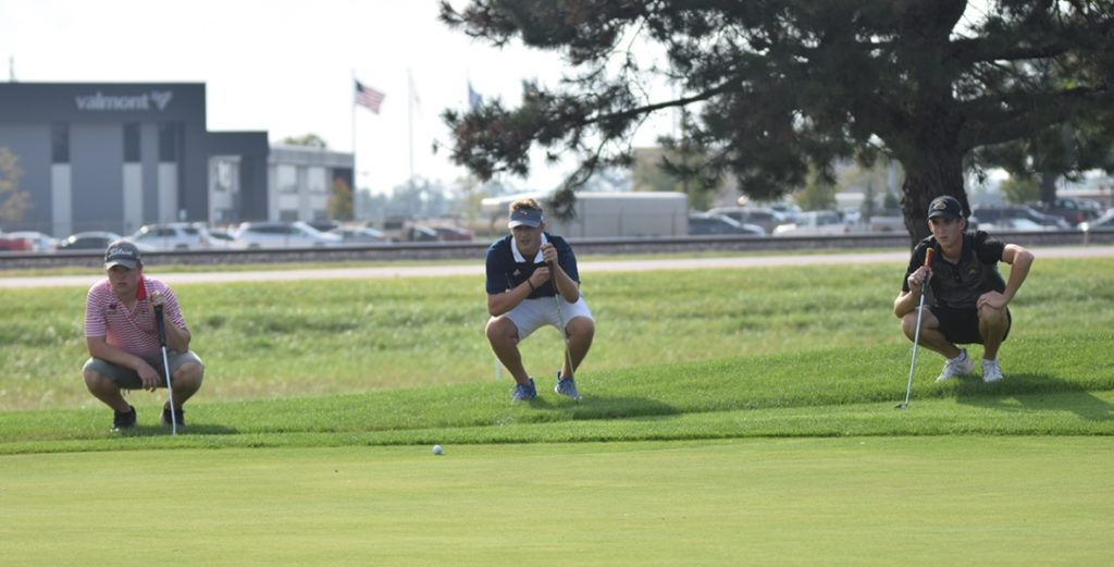 Vest Wins Individual Title, Warriors Tie for Team Title at Fall Invite