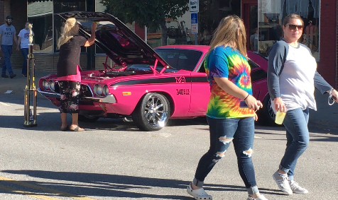 Car Show Is Golden At AppleJack, And A Little Pink
