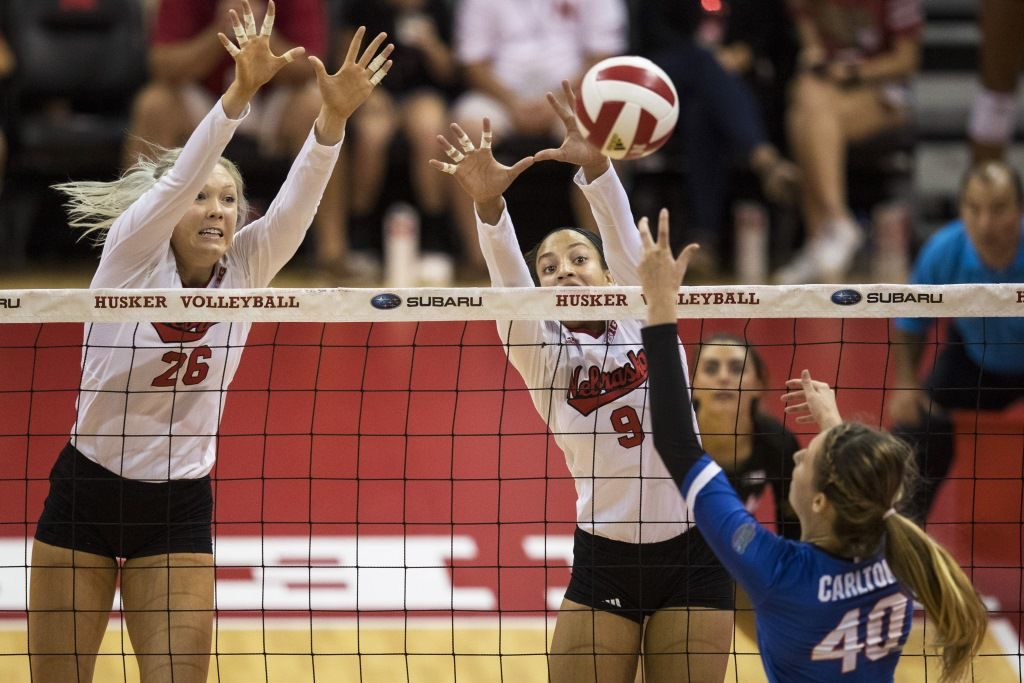 Husker Volleyball Falls to Minnesota 3-1