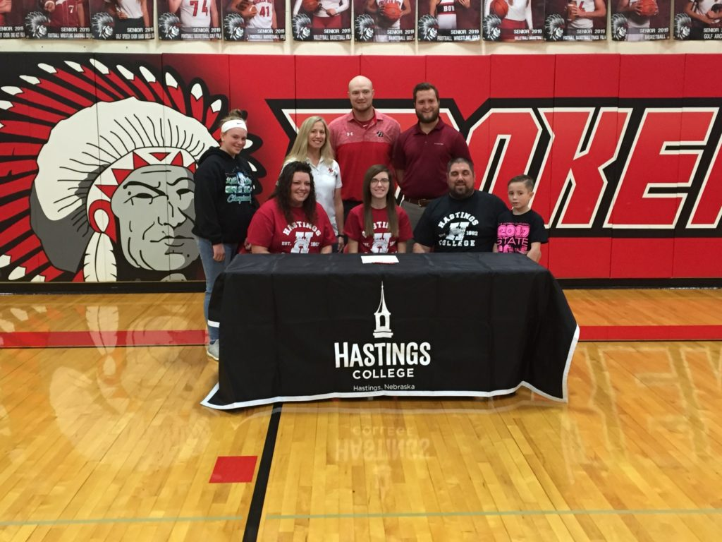 Kailey Johnson of Broken Bow Signs Letter of Intent to Join Hastings Girls Golf Program