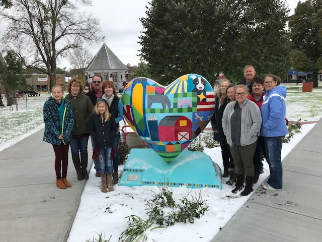 Broken Bow Art Club Donates Nebraska Heart To Broken Bow City Square