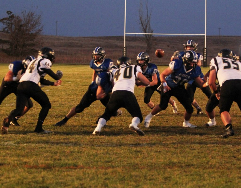 South Loup, Mullen, Sandhills/Thedford, Arcadia/Loup City and Burwell All Advance to Round 2 of Playoffs