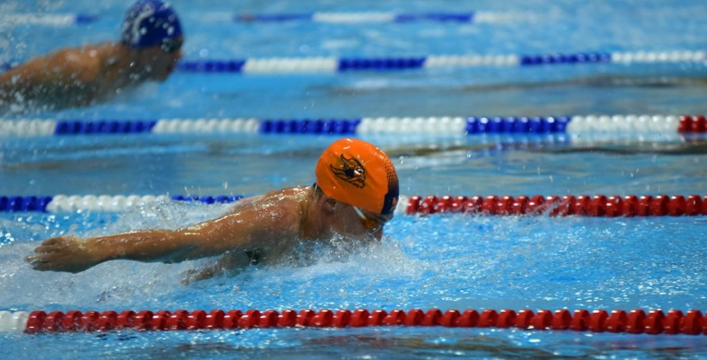 Warriors Host Double Dual with Tabor and Barton; Men Sweep, Women Split