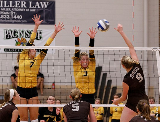 Close Second Set Favors Southwest, Wildcats Fall In Three To End Their Season