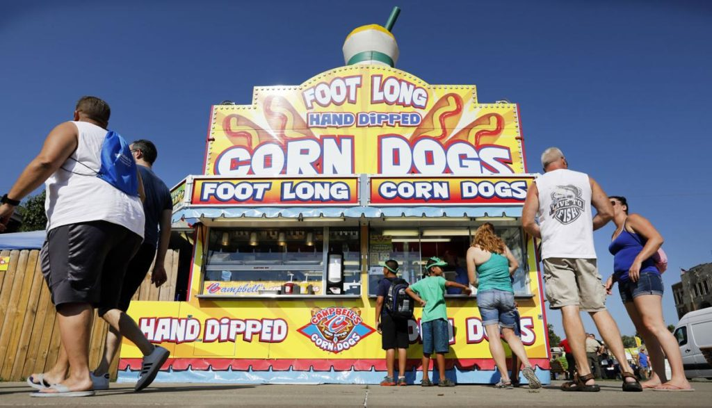 Iowa State Fair vendors ordered to take credit cards by 2020