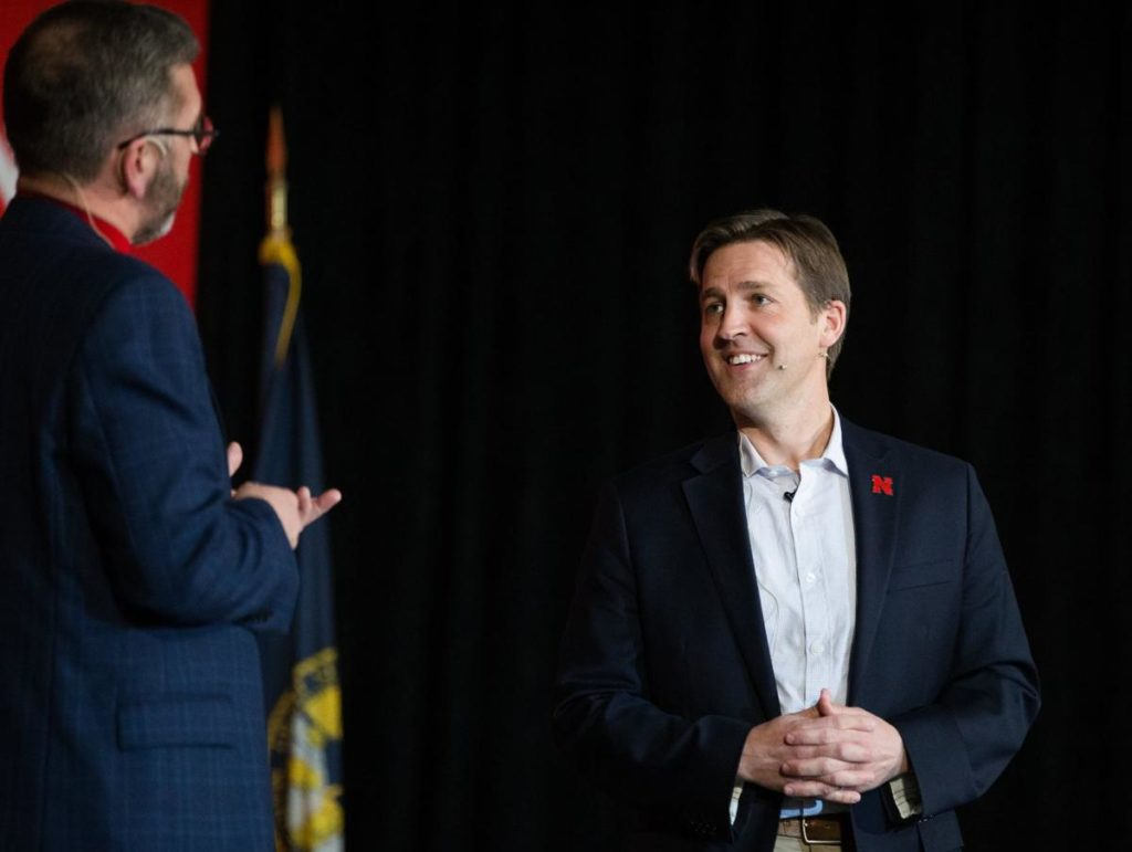 UNL students, Sen. Sasse talk of ways to fix country's divisiveness