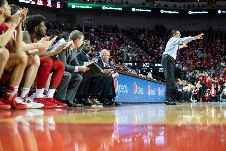 Nebraska A.D. Bill Moos gives Husker coach Tim Miles support, says 'don't listen to any noise'