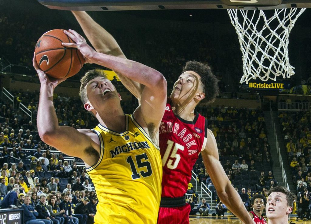 Nebraska basketball empties bench in 29-point loss at Michigan, drops to 13th place in Big Ten