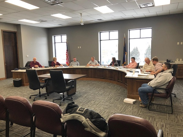 Board Of Supervisors Approves Lawn Care Bids; Recycling Center Public Hearing Briefly Discussed