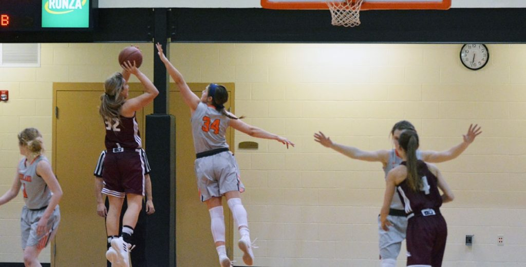 Lady Warriors Upset Bid Falls Short at No. 24 Hastings