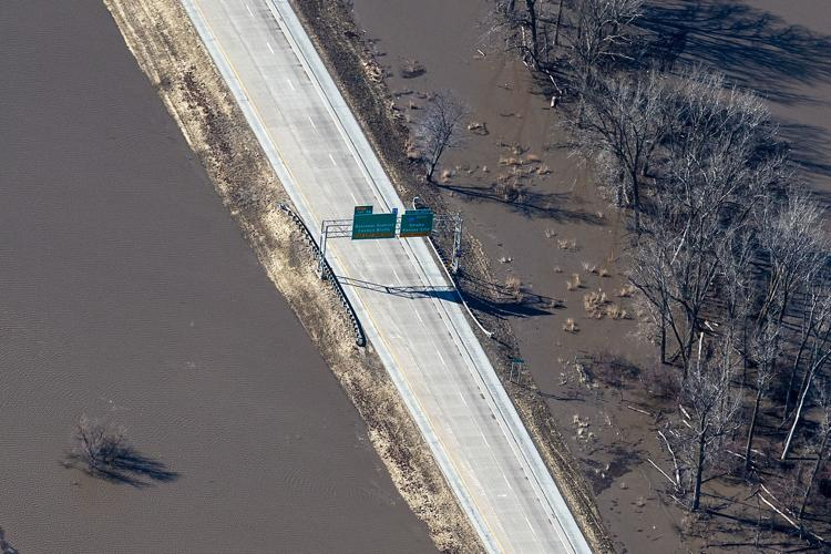 Portions of Interstate 29 closed; Highway 2 closed at Nebraska City Missouri River bridge