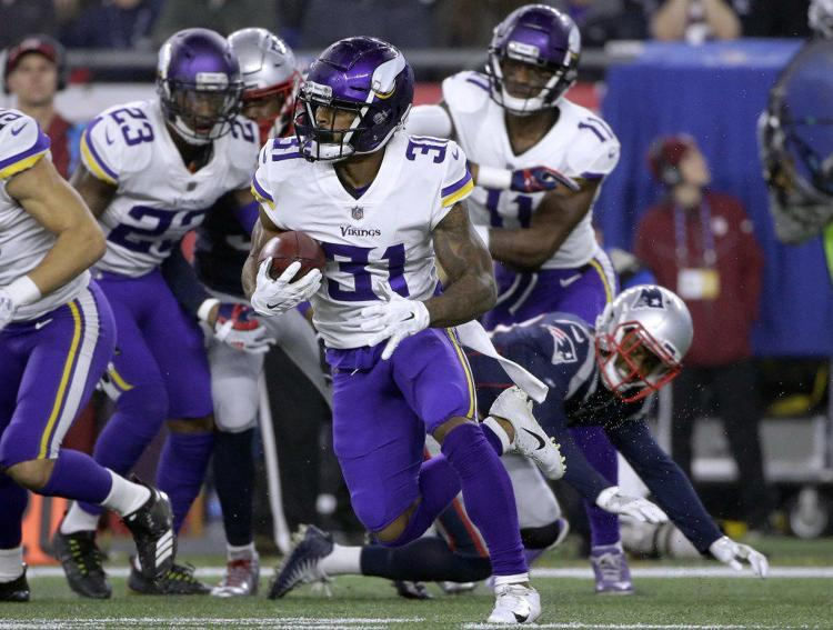Former Husker Ameer Abdullah re-signs with Minnesota Vikings
