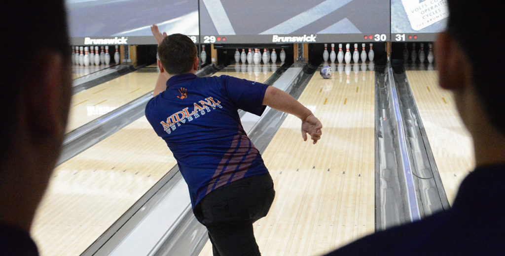 Warriors Open NAIA Bowling Invitational with Qualifying Rounds