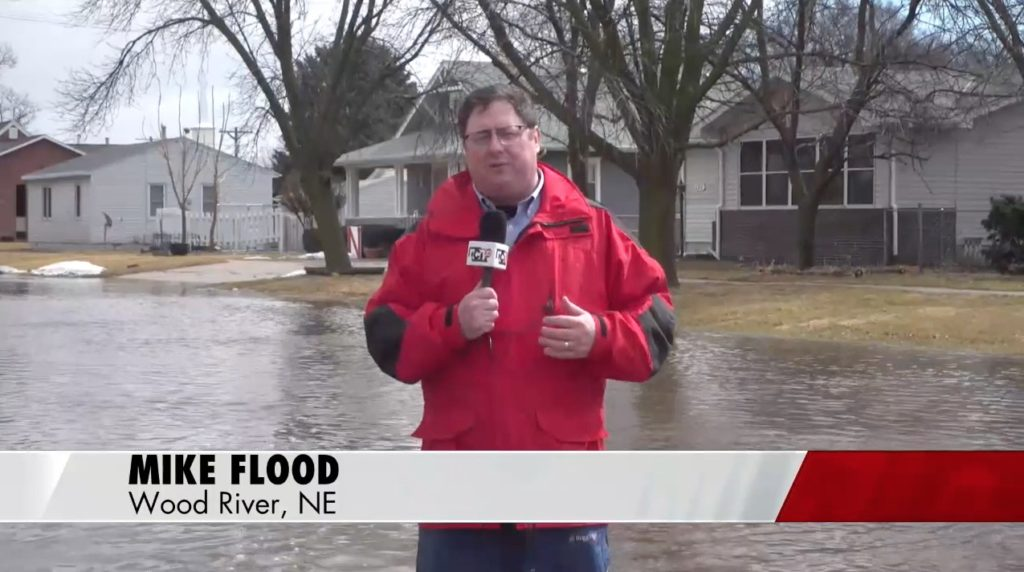 Streets flooding in Wood River