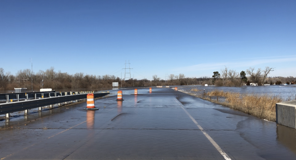 Flood waters keep Highway 75/34 north of Plattsmouth closed Saturday