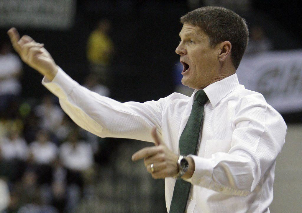 Longtime coach Bobby Lutz will join Fred Hoiberg's Husker staff as special assistant