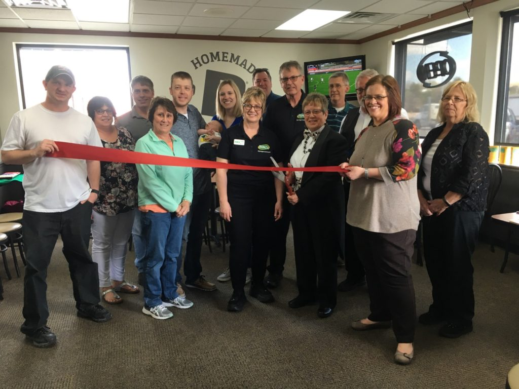 Chamber Recognizes Runza and Entertainment Plus
