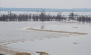 Contract awarded to raise Missouri River levee in Iowa