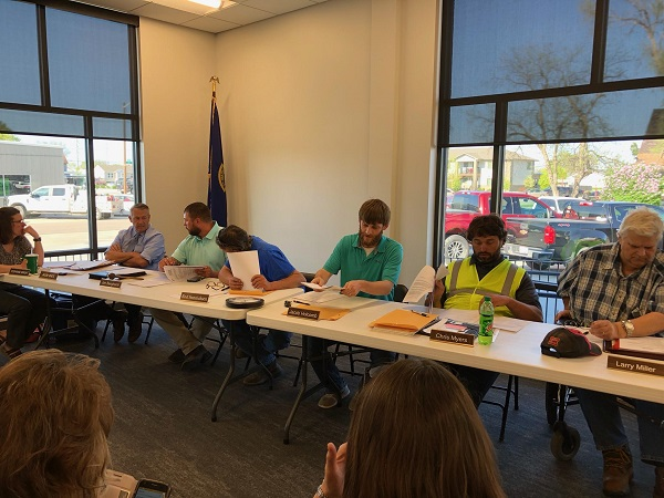 Broken Bow City Council Discusses Public Bathroom In The Square: Need Or Want?