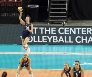 Mikaela Foecke, Jordan Larson thrill Lincoln crowd, help U.S. team rally to beat Korea