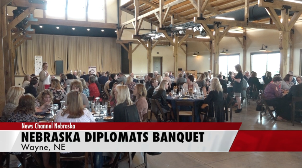Nebraska Diplomats and NEDA host awards banquet
