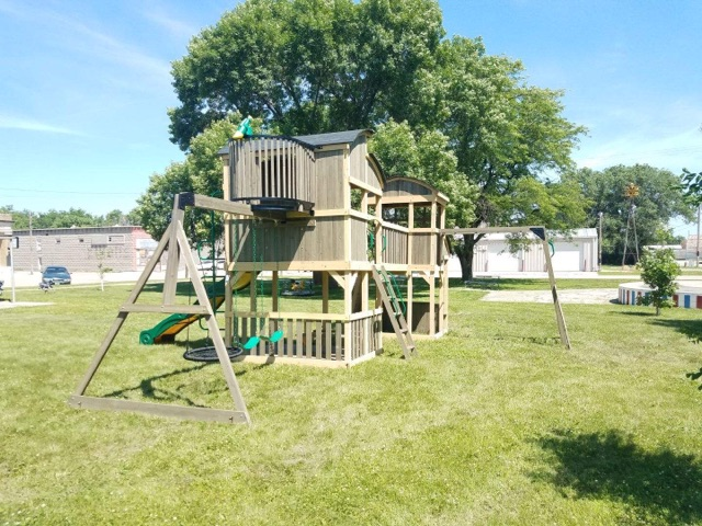 Local Kids Raise Funds for New Playground in Mason City