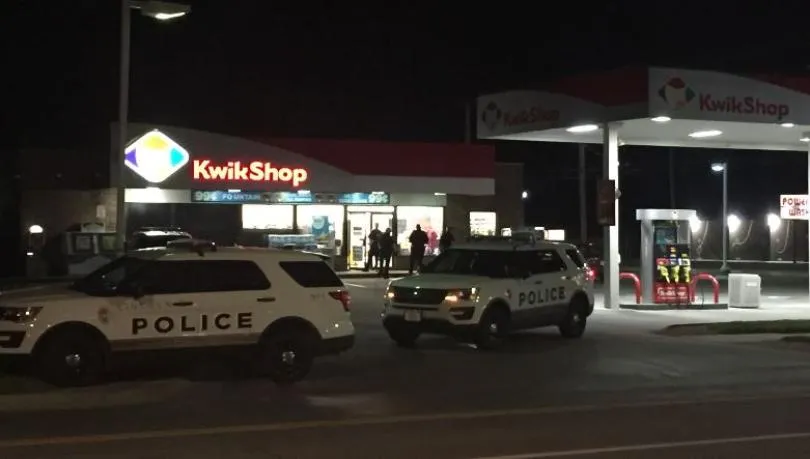 Customer shot person trying to steal from convenience store