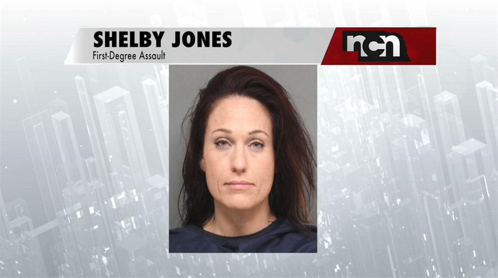 Woman who shot shoplifter at Lincoln convenience store charged with assault