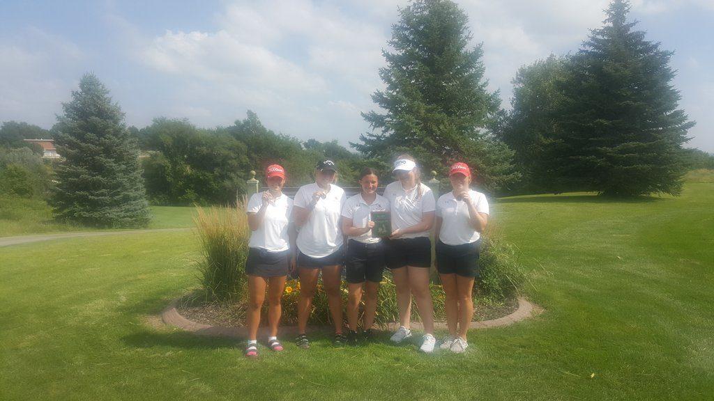 Broken Bow Girls Golf Team Places 2nd at Kearney Catholic Invite