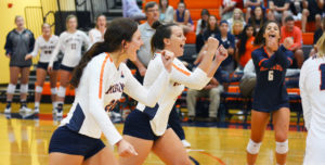 No. 8 Lady Warriors Sweep Bobcats on Eve of Semester Start
