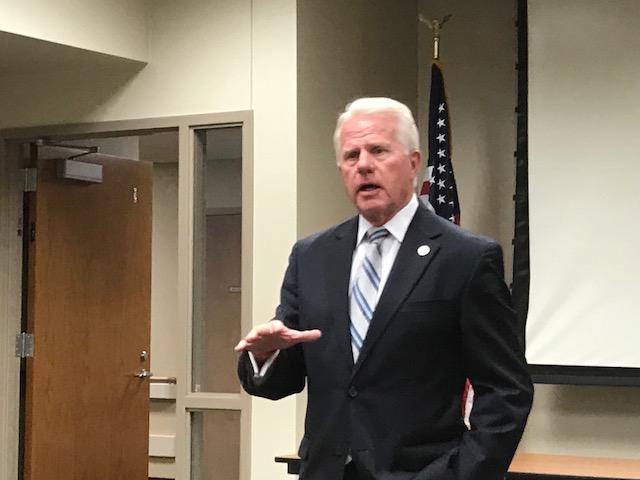 Senator Matt Williams Talks 2020 Legislative Session During Broken Bow Area Rotary Meeting