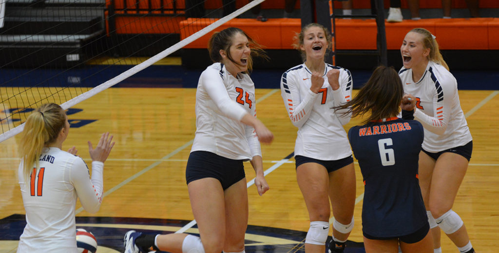No. 8 Warriors Escape with Victory over Doane to Open GPAC Schedule