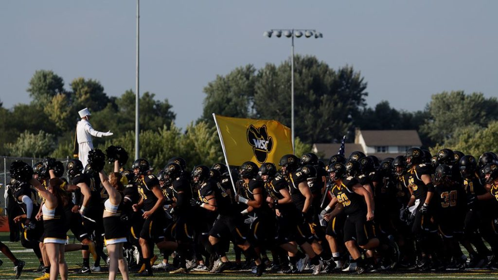 Wildcats Rack Up Over 300 Yards Rushing, Sack Crookston Six Times During Homecoming/Hall Of Game Victory