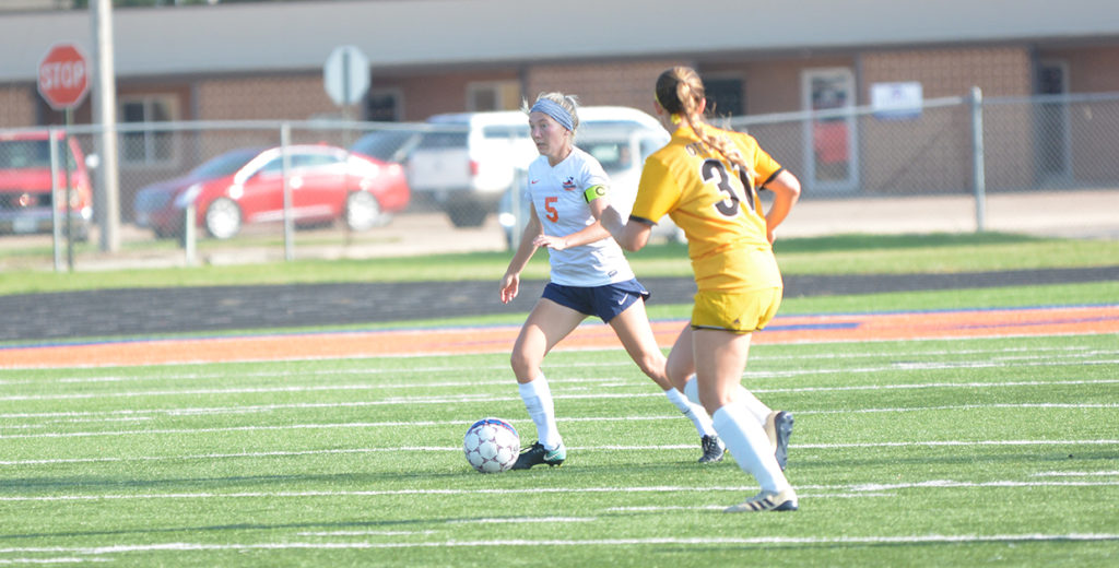 No. 12 Midland Wraps Up Non-Conference Play with Win over Ottawa