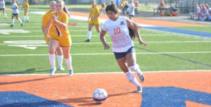 No. 22 Lady Warriors Quiet Bulldogs on the Road