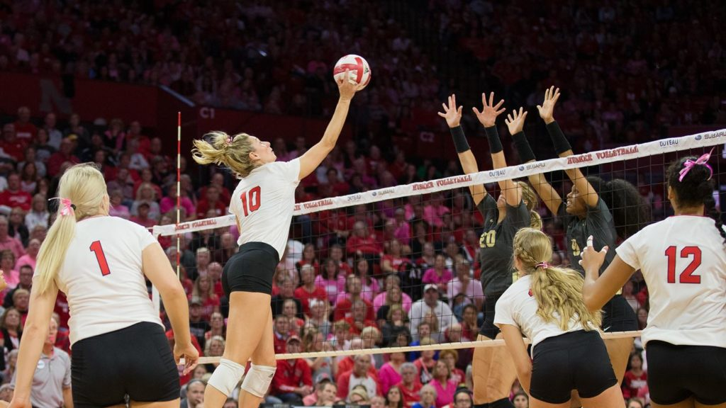 Madi Kubik Named Big Ten Offensive Player and Freshman of the Week