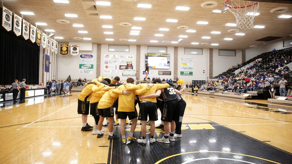 Wayne State Drops Season-Opening Game, Four Finish In Double Figures