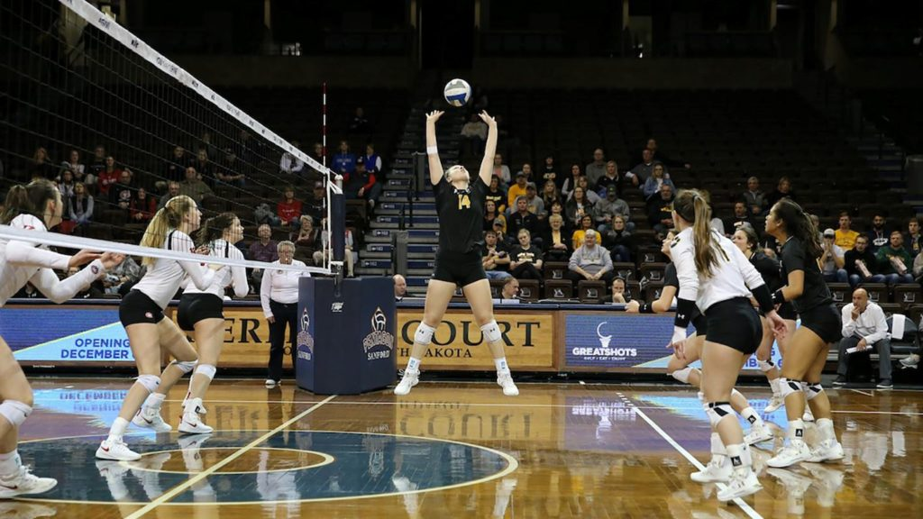 Wildcat Volleyball Swept By St. Cloud State, #8 Upper Iowa Upsets Top-Seeded Northern