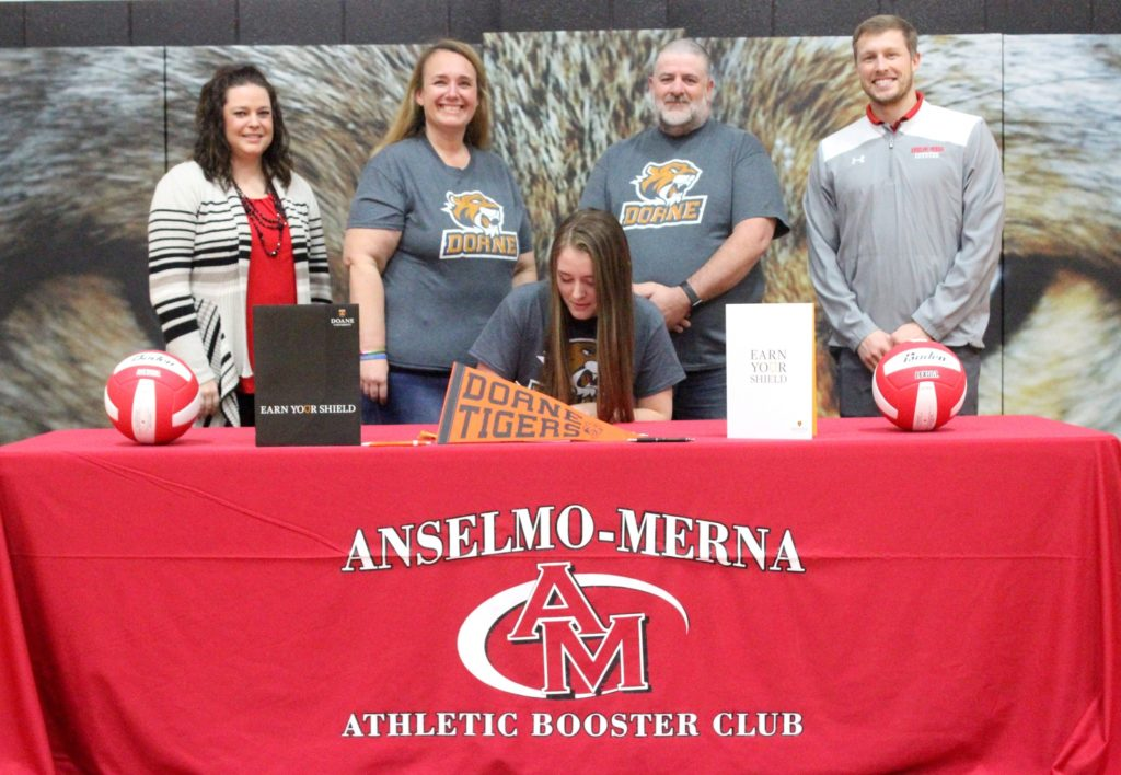 Burnett Signs to Play Volleyball for Doane