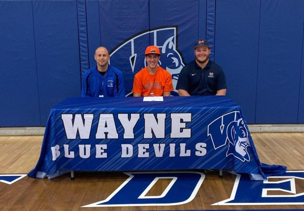 Hopkins Signs With Midland University For Baseball