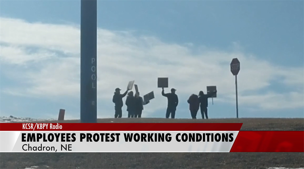 Chadron Travelodge Employees Protest unfair Working Conditions