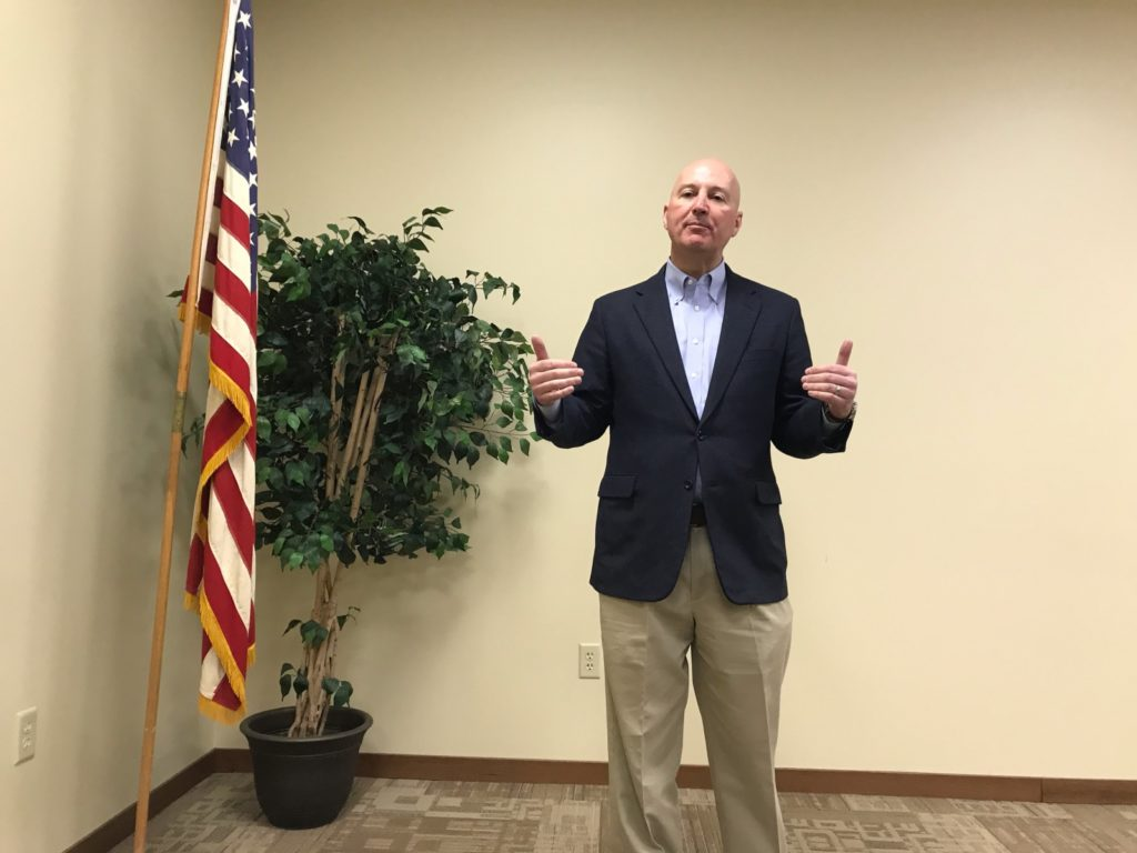 Governor Ricketts Visits Broken Bow Following State of the State Address