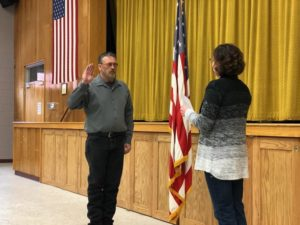Rod Sonnichsen Sworn In As Mayor;