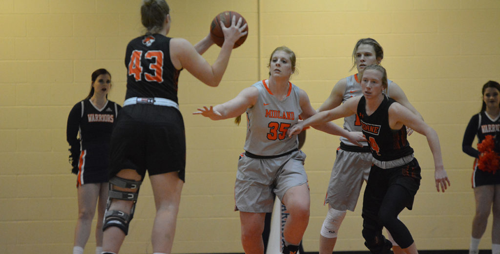 Final Shot Too Late as Lady Warriors Fall in Overtime at Mount Marty