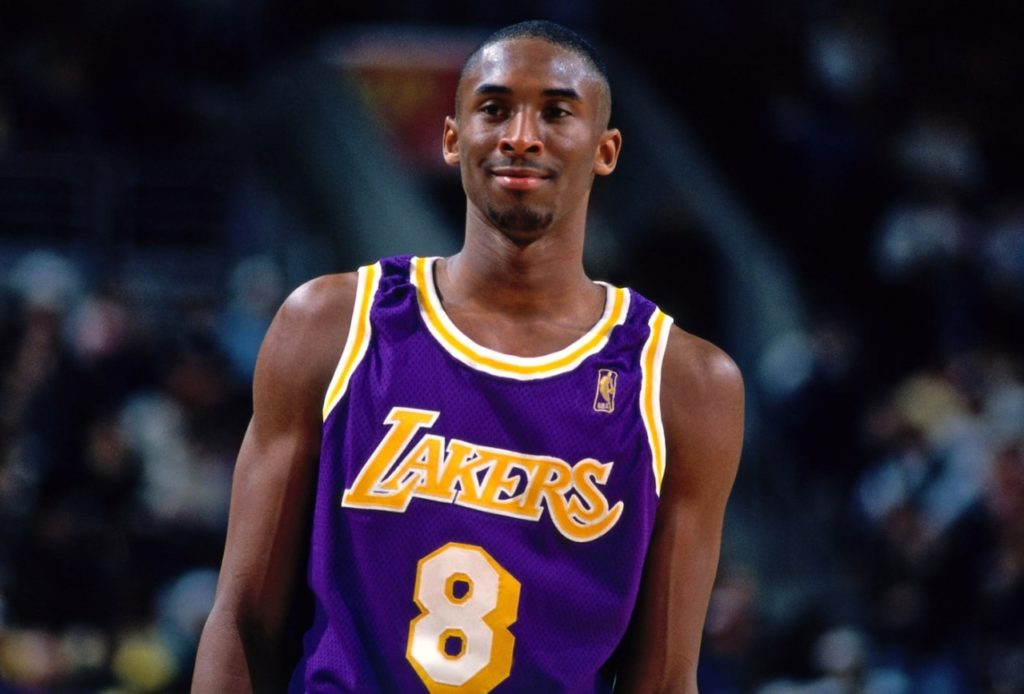 Sports World Mourns the Loss of Kobe Bryant, Daughter in Sunday Helicopter Crash