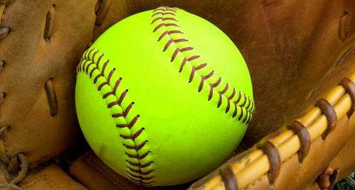 Ladyhawks Softball Registration Begins Late February