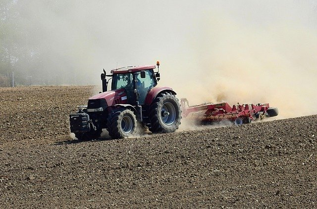 UNMC, Nebraska Extension Announce Changes To Tractor Safety Course For Teens This Summer