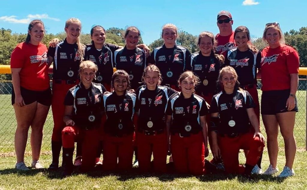 Dirt Devil 14s Place Fourth During Silver Division Of Class B USSSA State Tourney